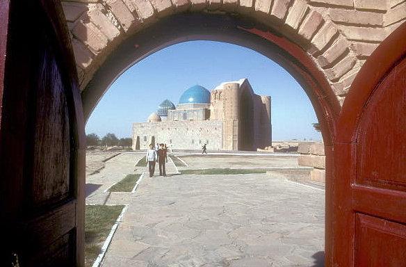 turkestan_khodja yasawi mausoleum_2