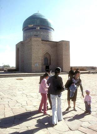 turkestan_rabiya sultan begim tomb