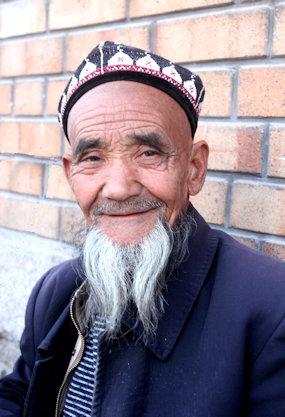 urumqi_uighur elder