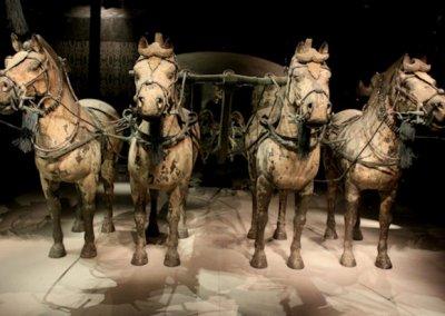 xian_tomb of qin shi huangdi_chariots