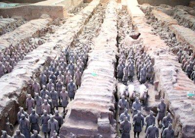 xian_tomb of qin shi huangdi_terra cotta army_2