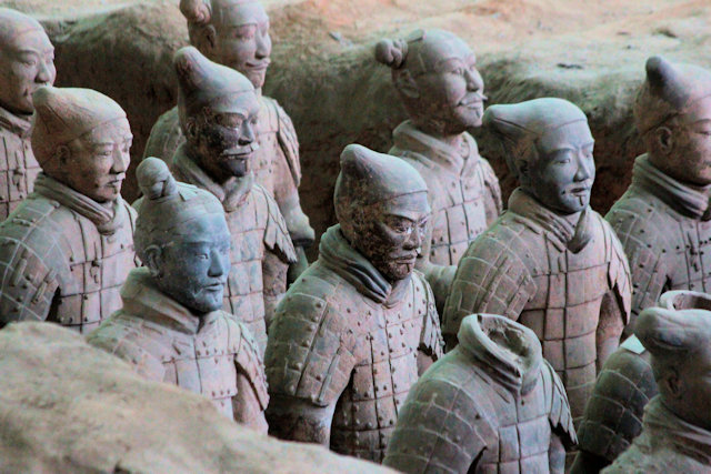 xian_tomb of qin shi huangdi_terra cotta army_3