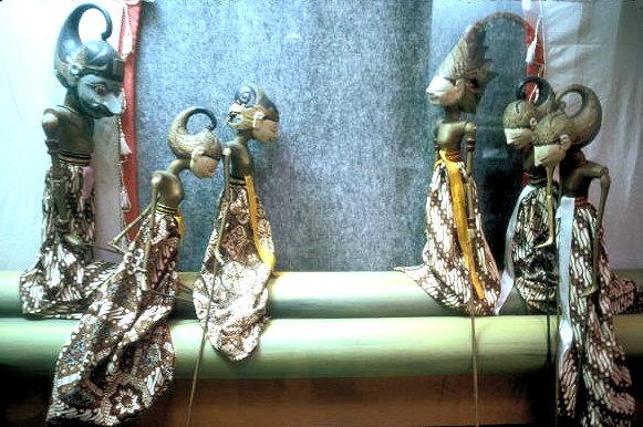 yogyakarta_budoyo museum_wayang golek display