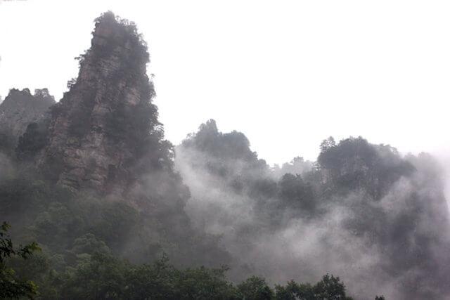 zhangjiajie_shuiraosimen_2