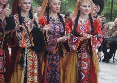 derbent_naryn kala citadel_festival attendees