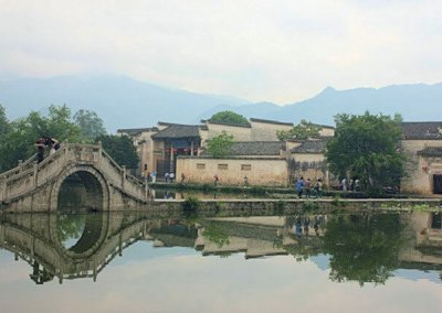 hongcun_south lake and bridge_1