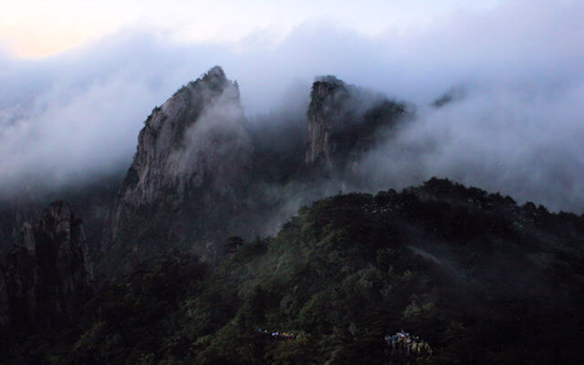 huangshan_sea of clouds (at big valley of xihai)_2