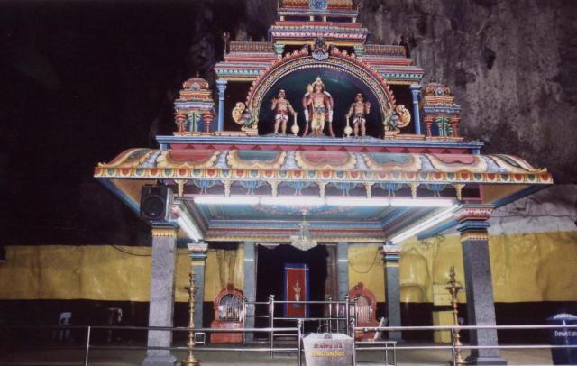 batu caves_hindu temple