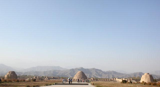 helan mountain_western xie tombs (2)