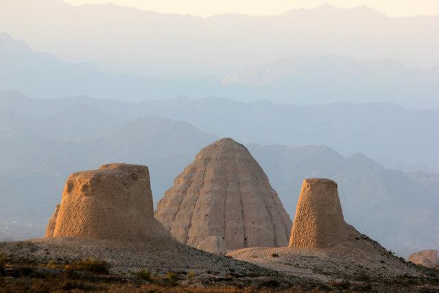 helan mountain_western xie tombs (3)