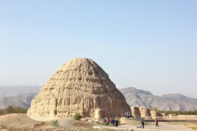 helan mountain_western xie tombs