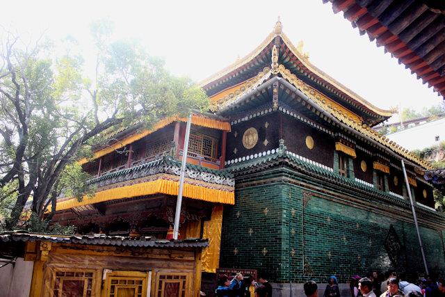 huangzhong_ta'er monastery (4)