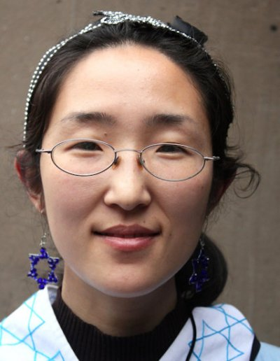 kaifeng_young jewish woman