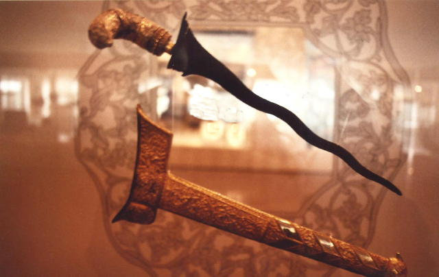 kuala lumpur_islamic arts museum_kris display