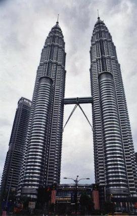 kuala lumpur_petronas towers