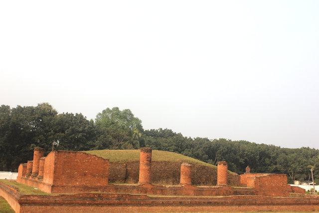 comilla_mainimati ruins