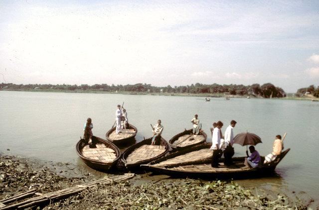 buringanga river_ferry boats