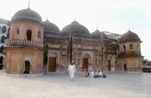 sat gumbad mosque