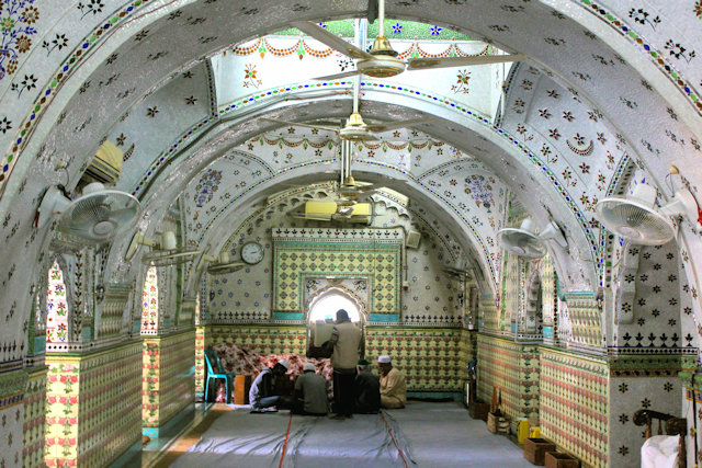 sitara mosque (3)
