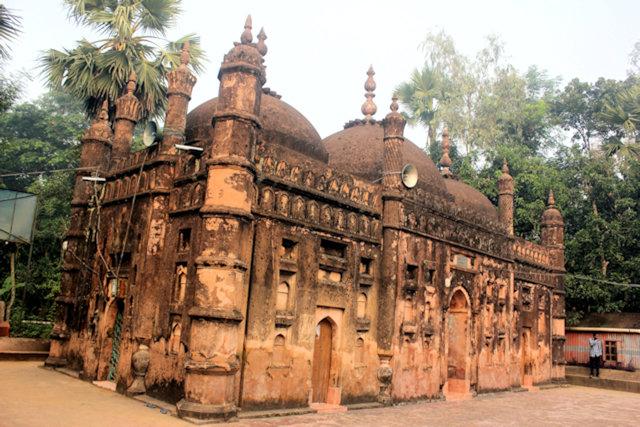 feni_chan gazi bhuyian mosque