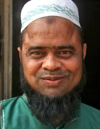 gaur_muslim devotee
