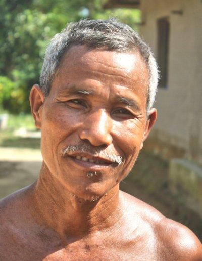 madhupur_garo elder (2)