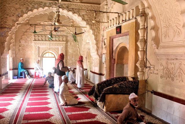 maijidi_bazra shahi mosque (2)