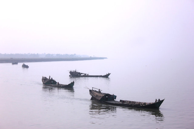 padma river_river traffic