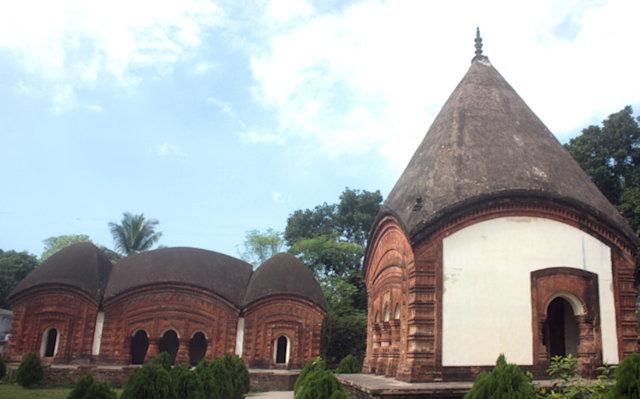 puthia_jagganath temple