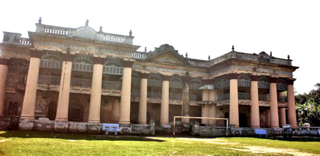 puthia_palace complex