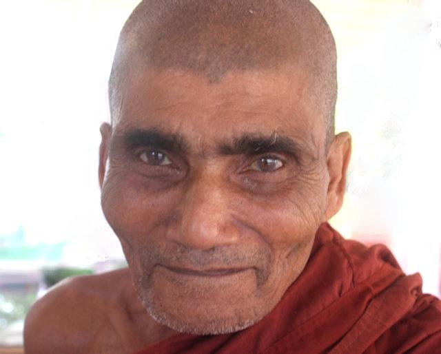 ramu_buddhist monk
