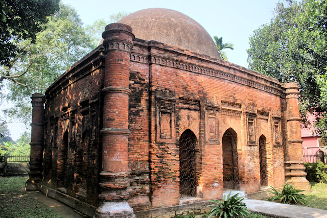 sonargaon_goaldi mosque