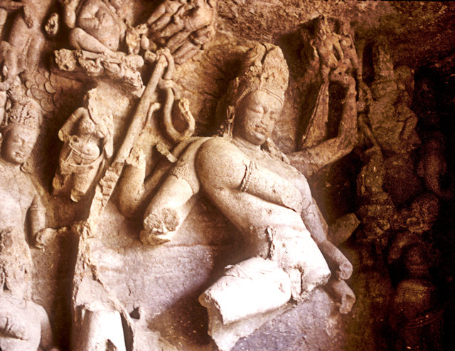elephanta caves_sculpture