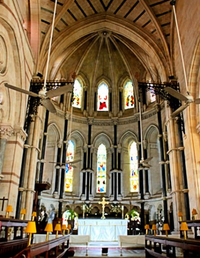 st thomas' cathedral_interior