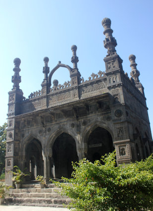 ahmadnagar_damadi mosque