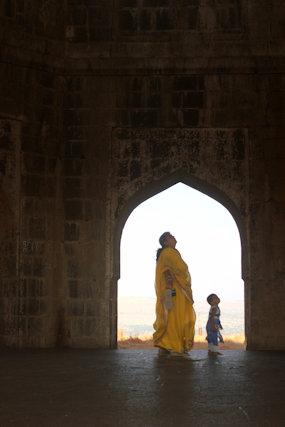 ahmadnagar_salabat khan tomb_2