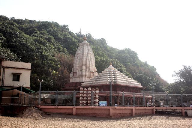 ganapatipule_swayambhu ganapati temple