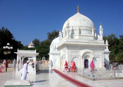 burhanpur_dargah-e-hakimi
