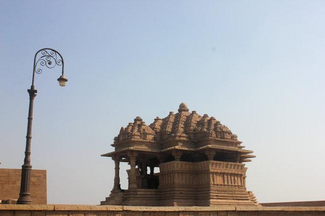 gwalior_fort_saas-bahu temples_2