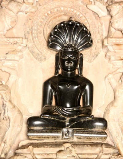 khajuraho_eastern temples_parsvanatha temple_2