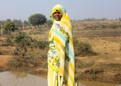 khajuraho_local woman
