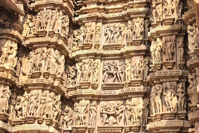 khajuraho_kandariya mahadev temple_2