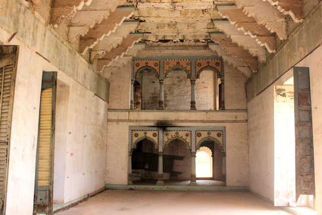 rewa_govindgarh palace