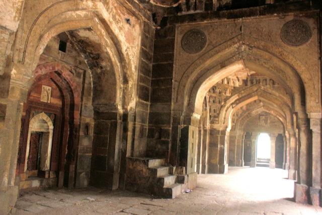 moth-ki-masjid