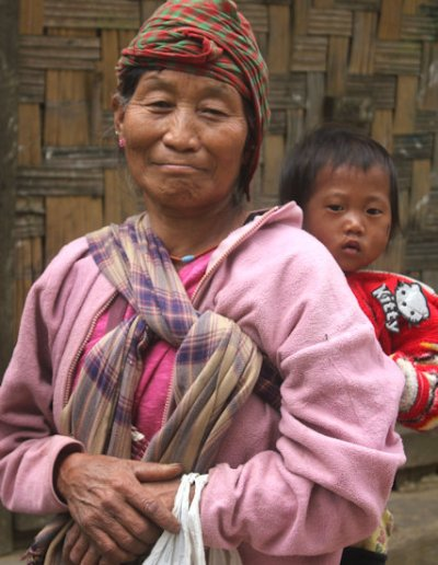 tang_naga woman and infant