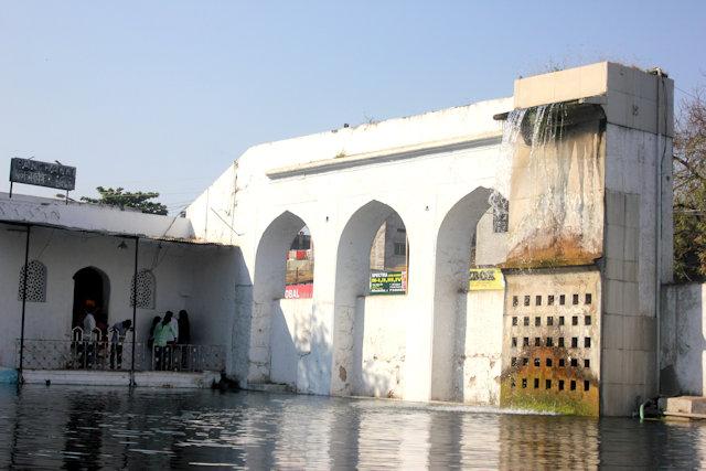 aurangabad_dargah of baba shah musafir_panchakki