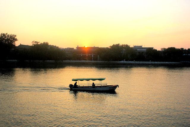behai lake