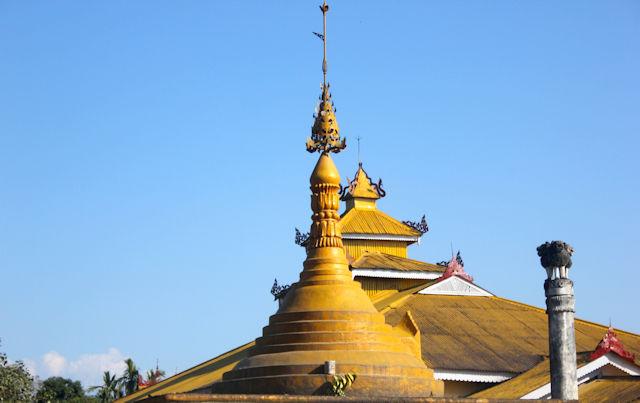 chongkham_buddha vihara