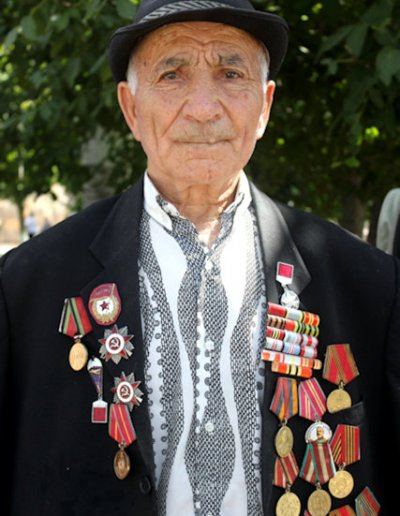 echmiadzin_armenian elder