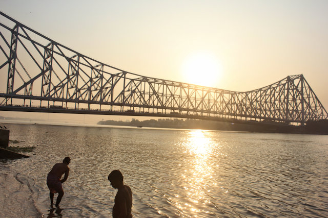 jagannath ghat with howrah bridge
